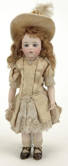Мой Сказочный Мир: Антикварные куклы, наряды, гардероб.