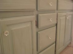Glazing/Distressing painted wood cabinets