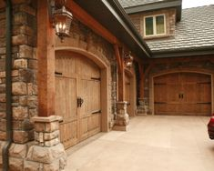 Traditional Garage And Shed Design, Pictures, Remodel, Decor and Ideas - page 11