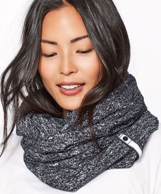 Lululemon Vinyasa Scarf (Rulu) Running Luon Suited Jacquard Black White Worn like once at my office but never quite knew how to style it Lululemon Vinyasa Wrap, Lululemon Vinyasa Scarf, Black And White Scarf, Black White, Ways To Wear A Scarf, Womens Scarves, Scarf Wrap, High Neck Dress, Ruffle Blouse