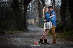 PREBODA FONDON ALMERIA. FOTOGRAFOS DE BODA EN ALMERIA Anniversary Photography, Poses, Photo S, Engagement Photos, Fashion Backpack, Couples, Photo Ideas, Portraits, Weddings
