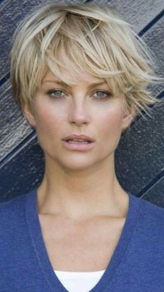 Elegant Womens Short Hairstyles with Bangs