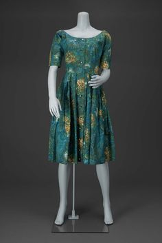 1955, America - Woman's dress by Claire McCardell for Townley - Printed cotton plain weave