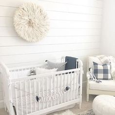 Shiplap Sunday. Can we just go ahead and make that a thing?! Design by: @liz_condreay
