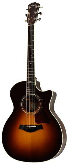 Schöne Taylor Westerngitarre mit massiver Fichtendecke, Cutaway und Tonabnehmer.