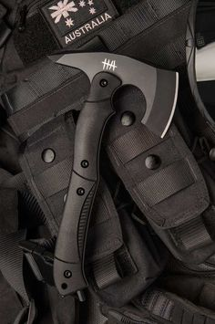 Hardcore Hardware Australia CTT-01 Black Tactical Tomahawk Axe Black G-10