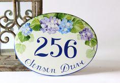 Hand painted Flowers Number sign/ Home Address por DipintoAdArte House Number Plates, House Numbers, Wall Plaques, Wall Signs, House Address Sign, House Signs, Painted Flowers, Hanging Signs, Hand Painted Ceramics