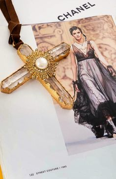 the style saloniste: Celebrating Chic Adornment: San Francisco Vintage Jewelry Specialist Susie Hoimes Showcases Her Alluring Collection of Chanel Jewelry Madame Gres, Chanel Jewelry, Eye Jewelry, Christian Dior, Balenciaga, Yves Saint Laurent, High Quality Costumes, She Walks In Beauty, Mourning Jewelry