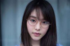Y o i m a c h i added a new photo. Asian Glasses, Makeup Tutorials Youtube, Angelababy, Cute Japanese Girl, Japan Girl, Girls With Glasses, Japanese Models, Womens Glasses, Eagle Eye