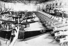Aircraft - Allemagne, Dessau-Roßlau, Usine d'assemblage de Junkers Ju 87 (Sturzkampfflugzeug ou Stuka)