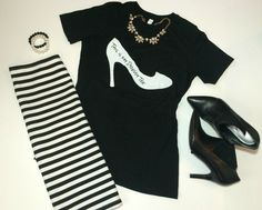95b81b852 Four Ways to Style your Graphic Tee  RealMomStyle