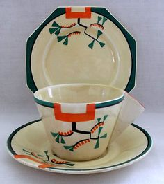 Clarice Cliff Early Bizarre Ravel Conical Trio - C1930