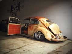 Likin' the patina and interior match! Vw Bus, Vw Volkswagen, Vw Camper, Vw Rat Rod, Van Vw, Muscle Cars, Vw Super Beetle, Kdf Wagen, Vw Classic