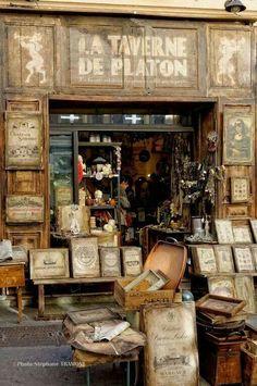 """Librería """"La Taverne de Platón"""", en Aix-en-Provence, Francia. Foto aportada por Ana García"""