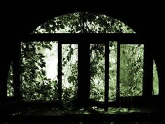 Arched Window; Bennett School for Girls © opacity.us