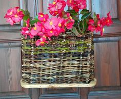 Door decor home decor basket of wicker newspaper basket Home Decor Baskets, Newspaper Basket, Beach Gifts, Christmas Couple, Natural Garden, Flower Basket, Pebble Art, Artificial Flowers, Home And Living