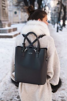 Bag: tumblr black backpack sweater beige sweater oversized sweater oversized fur scarf infinity