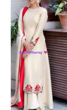 ideas for womens clothing boutique ideas shops Patiala Suit Designs, Kurta Designs Women, Kurti Designs Party Wear, Punjabi Suits Designer Boutique, Indian Designer Suits, Boutique Suits, Embroidery Suits Punjabi, Embroidery Suits Design, Stylish Dress Designs