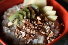 Rýžová kaše s chia semínky - #recept na blogu veggiestime.cz Acai Bowl, Breakfast, Food, Acai Berry Bowl, Morning Coffee, Essen, Meals, Yemek, Eten