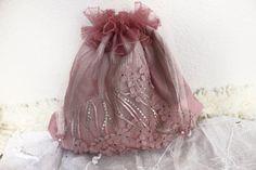 Pink Bridal Bags Powder pink purse bridesmaid by Nazcolleccolors All Things Christmas, Christmas Holiday, Holiday Gifts, Handmade Fabric Bags, Handmade Gifts, Boho Clothing, Small Shops, Powder Pink, Sri Lanka