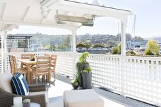 Home on a Houseboat in Sausalito, CA Sausalito Houseboat, Arlington House, Nest Design, House Tours, Succulents, Backyard, Boathouse, Balcony, Garden