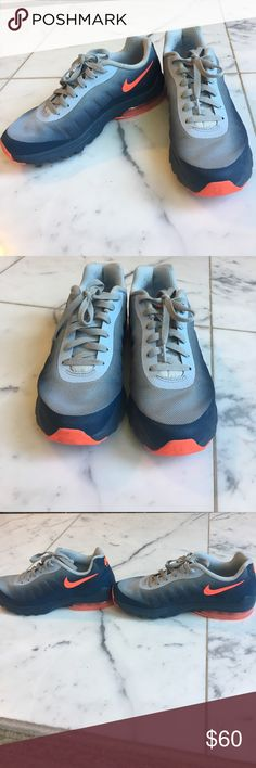 Women's Nike Air Max- Invigor Print 749862-484 Worn ONCE! In almost perfect condition as seen in photos. Got these last year and just never wore them cause I got a different size. Nike Shoes Athletic Shoes