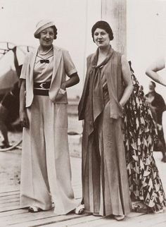 Vintage Fashion Look How Beautiful These Super High Waist Vintage Pants! Fascinating Pictures of Women in Trousers from the Moda Vintage, Vintage Mode, Vintage Dior, 1920s Fashion Women, Retro Fashion, Korean Fashion, Vintage Fashion, Men Fashion, Boho Fashion