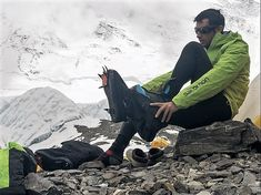Kilian Jornet Path To Everest Kilian Jornet, Monte Everest, Paths, Adventure, Sport, Climbing, Movies, Opportunity, Deporte