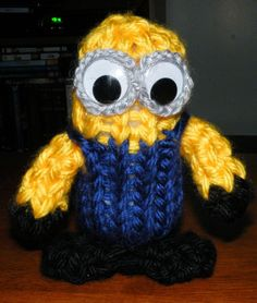The Loom Muse Creations and Ideas: How to Loom Knit a Minion