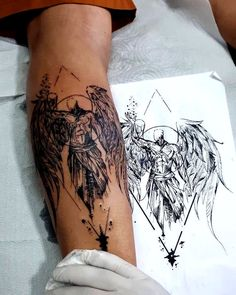 101 Appealing Back Tattoo Designs to Die For - Gif Life Cool Forearm Tattoos, Hand Tattoos For Guys, Unique Tattoos, Leg Tattoos, Body Art Tattoos, Tatoos, Wolf Tattoo Sleeve, Tattoo Sleeve Designs, Tattoo Designs Men