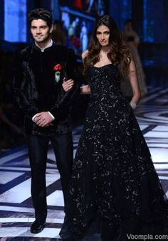 Sooraj Pancholi looks dapper as he walks the ramp with Athiya Shetty for Falguni-Shane Peacock at BMW India Bridal Fashion Week. via Voompla.com