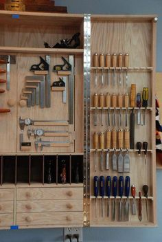7 Good Cool Tips: Woodworking Tools Joinery woodworking clamps projects.Woodworking Projects For Girlfriend woodworking furniture storage boxes.Woodworking Shop How To Use. Woodworking Tool Cabinet, Woodworking Workshop, Woodworking Furniture, Woodworking Crafts, Woodworking Projects, Woodworking Basics, Woodworking Workbench, Welding Projects, Youtube Woodworking