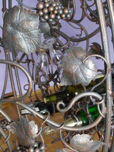 Hand forged cabinet for wine. To sell a 1125 USD + shipping. szymek.zarnowski@wp.pl https://www.facebook.com/pages/OGNIK-kowalstwo-artystyczne-Szalowa/1536036913329982  Ręcznie kuta szafka na wino. Do sprzedania 4500 PLN+wysyłka.
