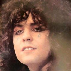 🔥💋🔥Marc is indescribably SEXY👍🆘️ 70s Glam Rock, Glam Rock Bands, Marc Bolan, Beautiful Men, Beautiful People, Glitter Beards, Children Of The Revolution, Rock Revolution, Electric Warrior