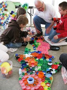 Artistic Ways to Recycle Bottle Caps, Recycled Crafts for Kids - - How can you recycle plastic bottle caps? Enjoying art projects and making crafts with kids are fantastic ideas for recycling, Michelle Stittzlein says. Recycled Crafts Kids, Recycled Art Projects, Projects For Kids, Crafts For Kids, Arts And Crafts, Recycled Materials, Wall Art Crafts, Bottle Cap Art, Collaborative Art