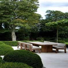 Contemporary Outdoor Furniture for your patio or yard comes in many forms. See this selection for some great ideas and favorites. Modern Landscaping, Outdoor Landscaping, Backyard Patio, Outdoor Gardens, Outdoor Seating, Outdoor Spaces, Outdoor Living, Outdoor Decor, Contemporary Outdoor Furniture