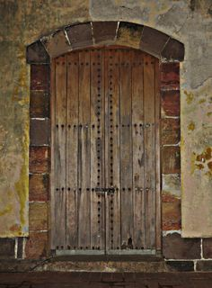 Old jail door | Location Casco Antiguo (Old city) Panamá : jail doors - pezcame.com