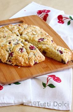 Cherry-Almond Scones from @Laura | Tutti Dolci