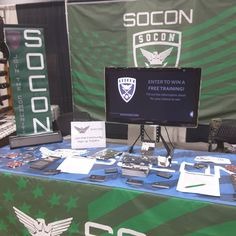 Day 2 of Collectors West Gun Show at Portland Expo center. If you're around swing by and say Hi!  #socon #soconusa #gunshow #boothofawesomeness #businessalliance #freeswag