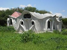 Fantastic thin shell concrete homes from flyingconcrete.com  Catenary Arch