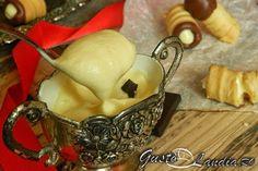 Crema de mascarpone e o nebunie curata! Trifle, Tiramisu, Mousse, Sweets, Drop Earrings, Pudding, Chicken, Food, Cream