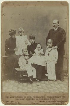 Edward VII and Queen Alexandra with their daughter Princess Victoria and the four eldest children of the heir to the throne Prince George; from left to right Princess Mary, Prince Albert, Prince Henry and Prince Edward. Queen Victoria Family, Queen Victoria Prince Albert, Victoria Reign, Princess Victoria, English Royalty, Danish Royalty, Victoria's Children, Alexandra Of Denmark, King Queen
