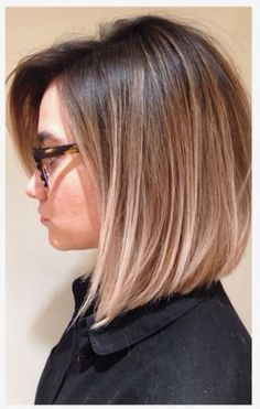 Bob frisur ideen 2018 – hair style for women Medium Hair Styles, Short Hair Styles, Hair Medium, Hair Color And Cut, Great Hair, Hair Today, Short Hair Cuts, Straight Shoulder Length Hair Cuts, Hair Lengths
