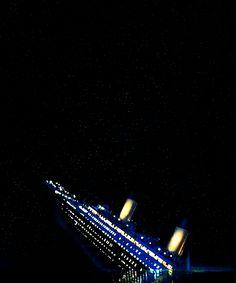 Titanic - na barca do parque de diversões;