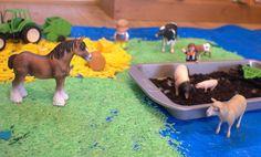 Sensory small world farm play Sensory Tubs, Sensory Play, World Farm, Activities For Kids, Crafts For Kids, Small World Play, Early Education, Pre School, Goblin