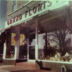 Grand Florist in Queens Nyc, Queens New York, Queen News, Vintage Photography, History, Retail, Spaces, Historia, Retro Photography