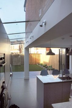 Modern Kitchen Design : VCDesign is loving this side return extenaion with sheer glass roof to the side Interior Architecture, Interior And Exterior, Conservatory Kitchen, Conservatory Lighting, Glass Extension, Victorian Terrace, London House, Roof Light, House Extensions