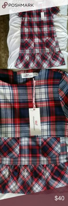 Vineyard Vines Plaid Flounce Dress Deep Bay 14 This dress is practically perfect on every way. The lovely wool Plaid dress has two front pockets and is fully lined. It has a zipper down the back. Vineyard Vines Dresses