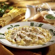 Olive Garden Chicken Alfredo @keyingredient #cheese #chicken
