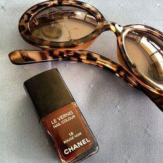 ef8e607faf6250 Chanel Sunglasses, Sunnies, Tortoise Shell, Coco Chanel, Eyeglasses,  Passion For Fashion, Eyewear, Sun Shades, Brown Coffee